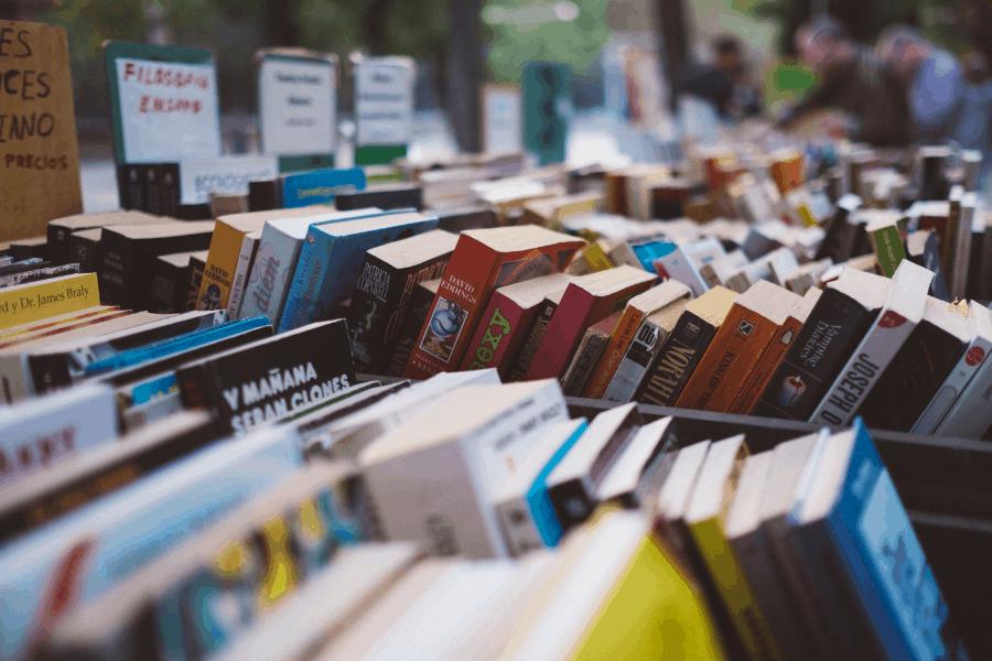 sunday book market